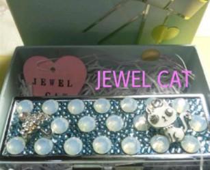 jewelcat